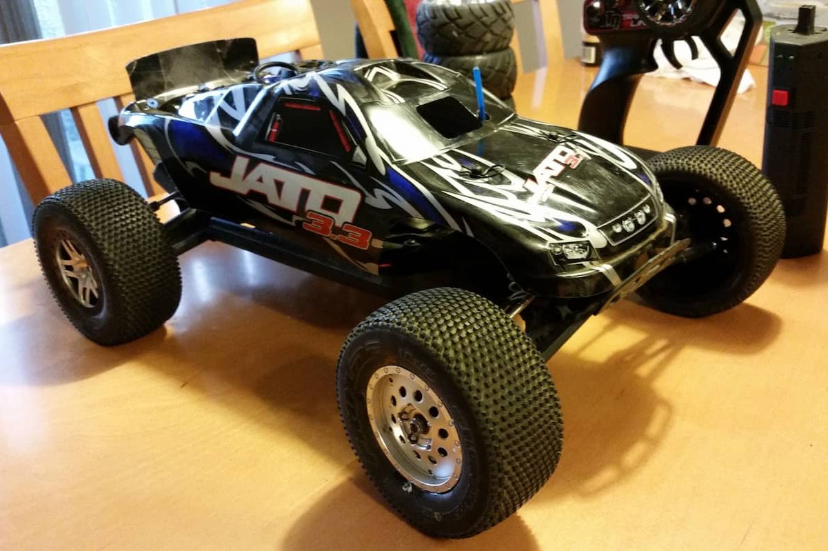 Why Choose Nitro RC Cars [ Complete Newbie Guide ]