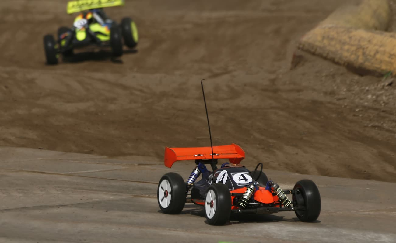 RC Cars 101: Choosing the Best Car to Fit Your Needs